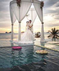 Deine Fotografin für Idyllische Hochzeit in Thailand und Malediven.